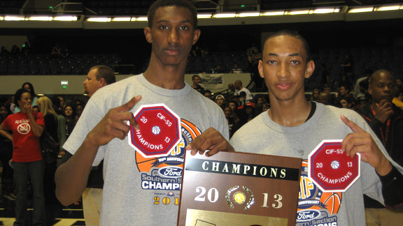 Sheldon Blackwell and Jordan McLaughlin show off some hardware after they led Etiwanda to a huge win over Mater Dei of Santa Ana during Saturday's CIFSS Division I-AA championship in Anaheim. Photo: Ronnie Flores.