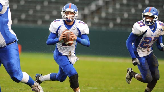 Folsom finished No. 18 in the final FAB 50 national rankings in 2010 when quarterback Dano Graves (above) was leading the way. Due to the CIF Open Division format, the Bulldogs have a chance to finish much higher in 2013. Photo: Scott Kurtz.