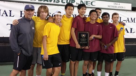 The Torrey Pines boys tennis team won a national tournament and also the CIF Southern California Division I championship. Photo: tphsfalconer.com.