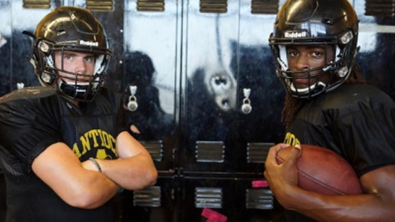 Kobie Beltram (left) and Najee Harris are the defensive and offensive standouts for high-rising Antioch, which plays unbeaten Foothill in NCS semifinals. Photo: Phillip Walton/SportStars.