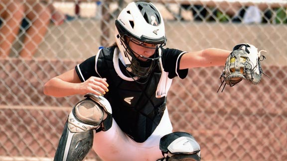 Norco freshman catcher Kinzie Hansen, ranked as the No. 1 college prospect for the Class of 2019 by FloSoftball, lived up to that acclaim. Photo: FloSoftball.com.