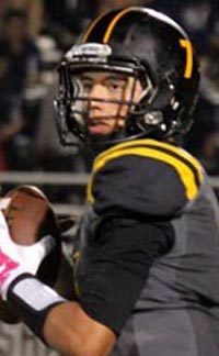 Cameron Rising of Newbury Park looks downfield during historically great 2015 season. Photo: pantherprowler.org.